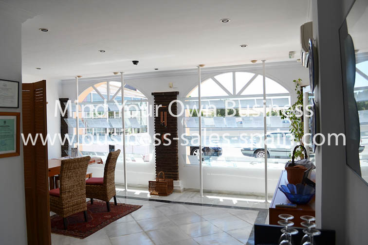 Freehold Office premises – Ideal /Shop /Cafe or Investment In La Cala De Mijas