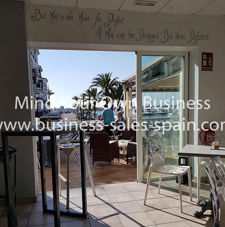Frontline Cafe Bar Duquesa Port – 25.000€
