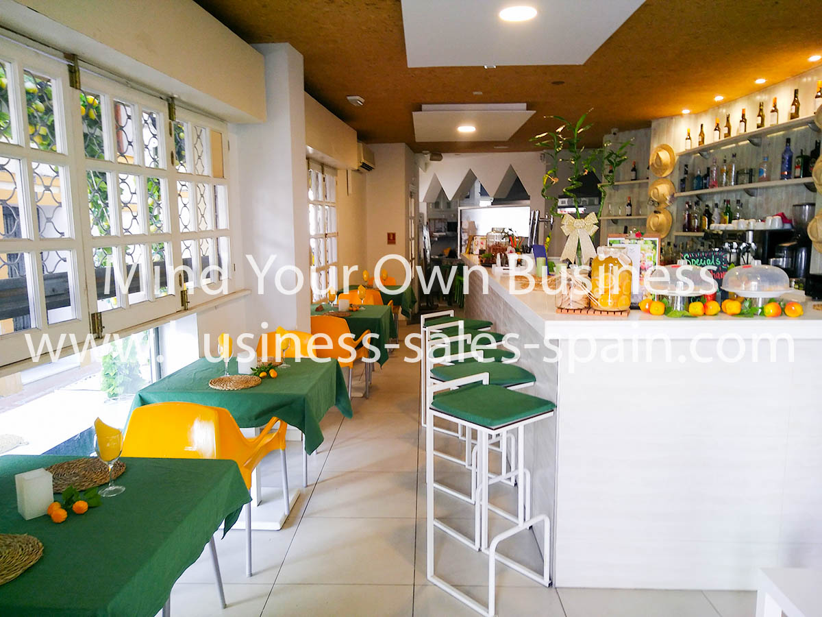 Beautiful Restaurant and Bar With Fantastic Terrace in Marbella Old Town