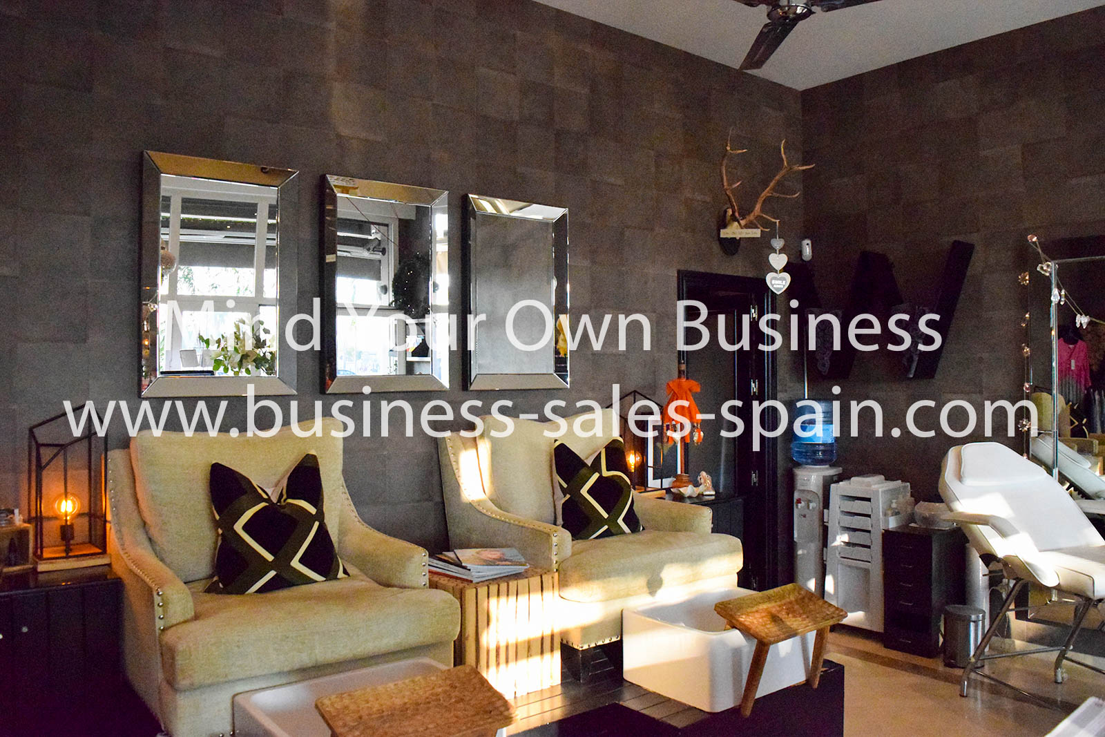 Extremely busy and Profitable Beauty Salon Close to Marbella
